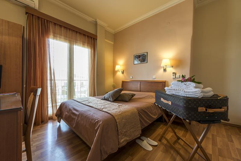 accommodation in sparti -Lakonia Hotel